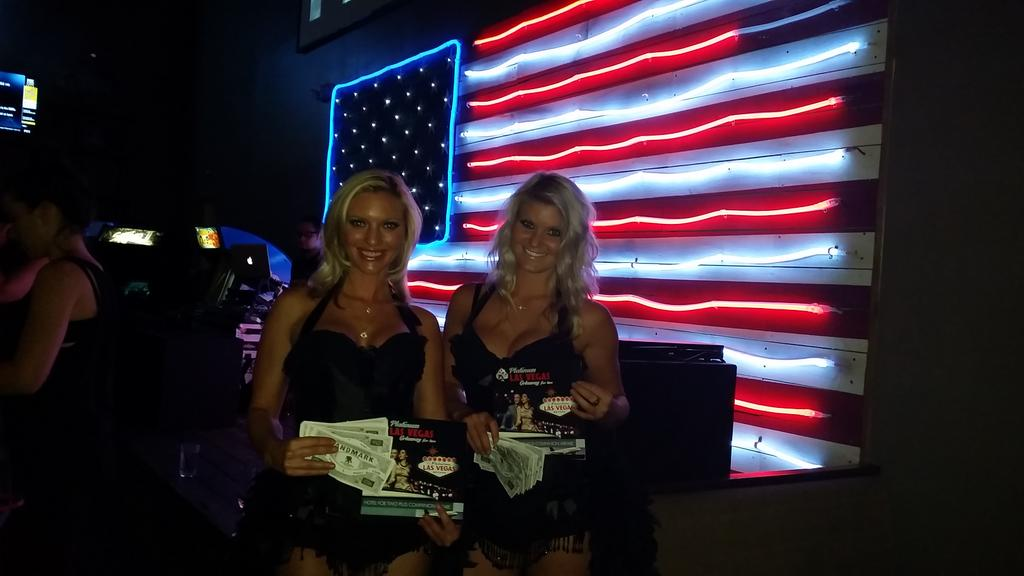 @LandmarkFW This #casinoparty is amazing for the #winning cause..Wounded Warrior Project-join us! #EliteCasinoEvents http://t.co/MmjIPHQZIB