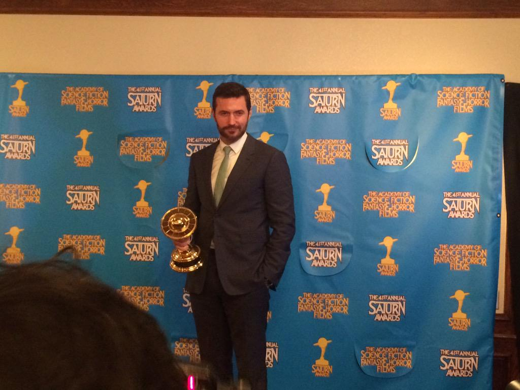 Richard Armitage wins Best Supporting Actor, for Best Fantasy Film @TheHobbitMovie #SaturnAwards #saturnawards2015 http://t.co/V03RRU8Afz
