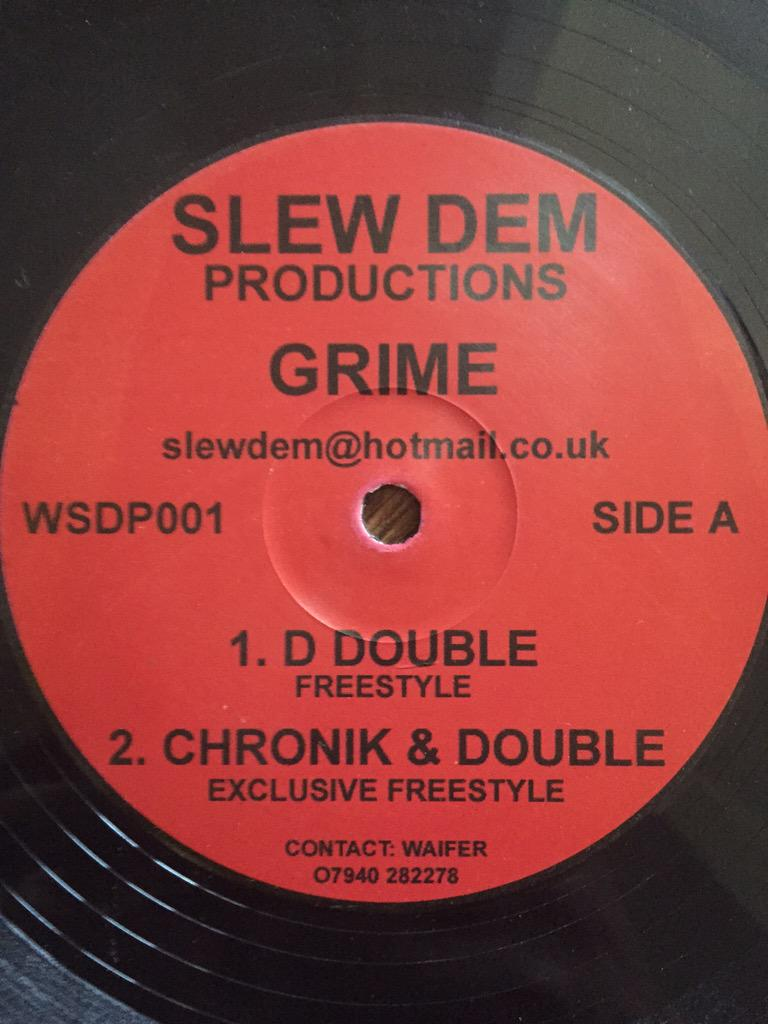 This has to be rare ???? Big up Slew Dem and @DDoubleE7 http://t.co/4Zl7FjA2Eq