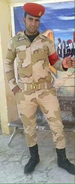 #القوة_المفرطة لن ننساك  الجندى الشحات مبروك احتضن الارهابى حامل المتفجرات ليحمى وحدتة حيث لا توجد قطع منة للدفن http://t.co/Dx1JGZzKwv