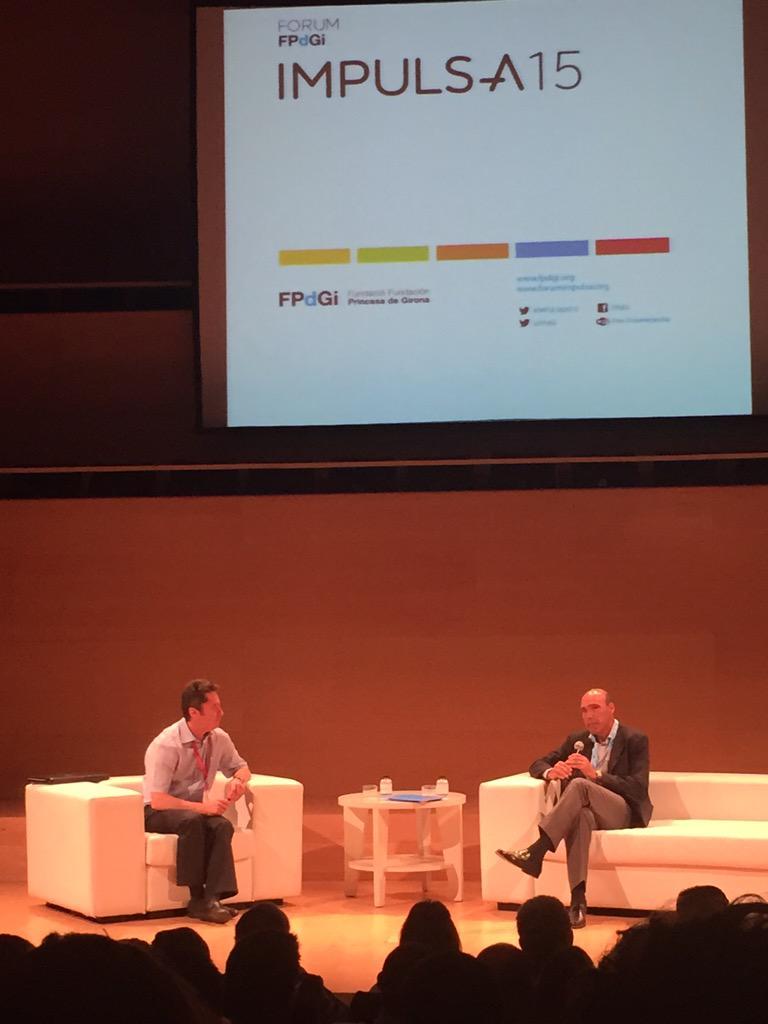 Comença la última xerrada del #IMPULSA2015 amb Juan Ignacio Cirac a Com seran els superordinadors del futur? #FPdGI http://t.co/AmiUISMR6t