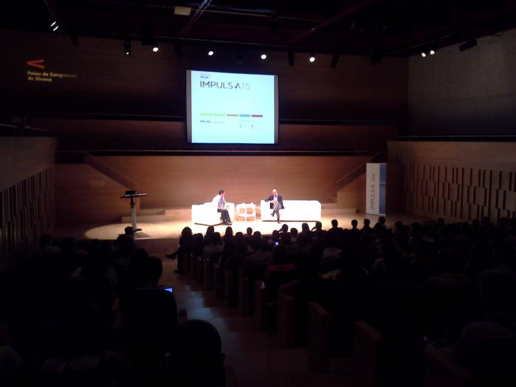Toda la Sala 2 preparada para escuchar al gran Juan Ignacio Cirac: Superordenadores cuánticos #IMPULSA2015 @FPdGi http://t.co/QLWAT8f7uE