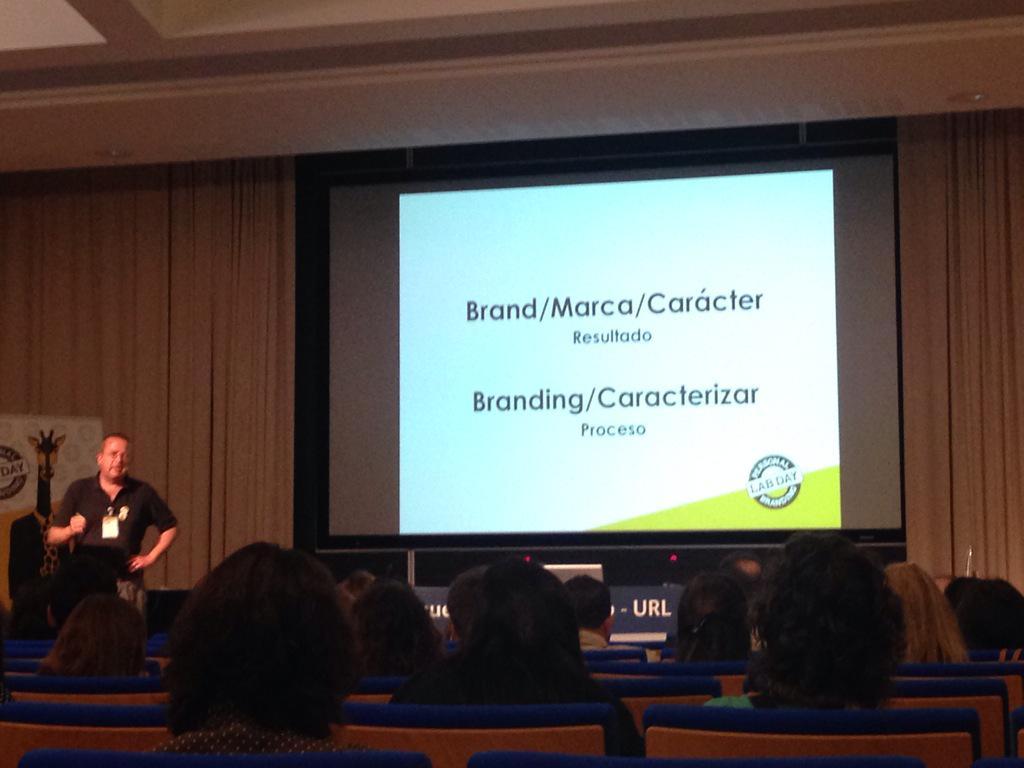 @marcapersonal nos habla de marcar carácter. Brand proceso vs Branding marca #PBLabDay http://t.co/B7IMMMx3w8