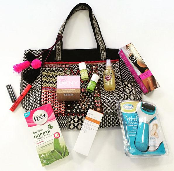 Celebrate #summer with our #beauty #giveaway! #Win all in this picture, RT to enter. T&Cs here http://t.co/t0MhspNk2B http://t.co/507LSmgPAN