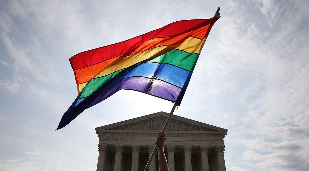 an analysis of the obergefell vs hodges case that resulted in the legalization of homosexual marriag