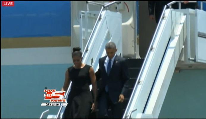 WATCH LIVE POTUS FLOTUS walking plane Charleston | WBTV News