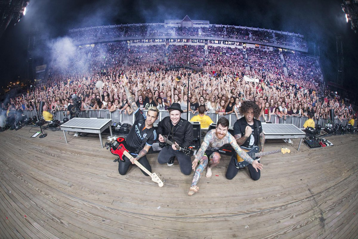 6 24 Wantagh Ny Nikon At Jones Beach Theater Boysofzummer