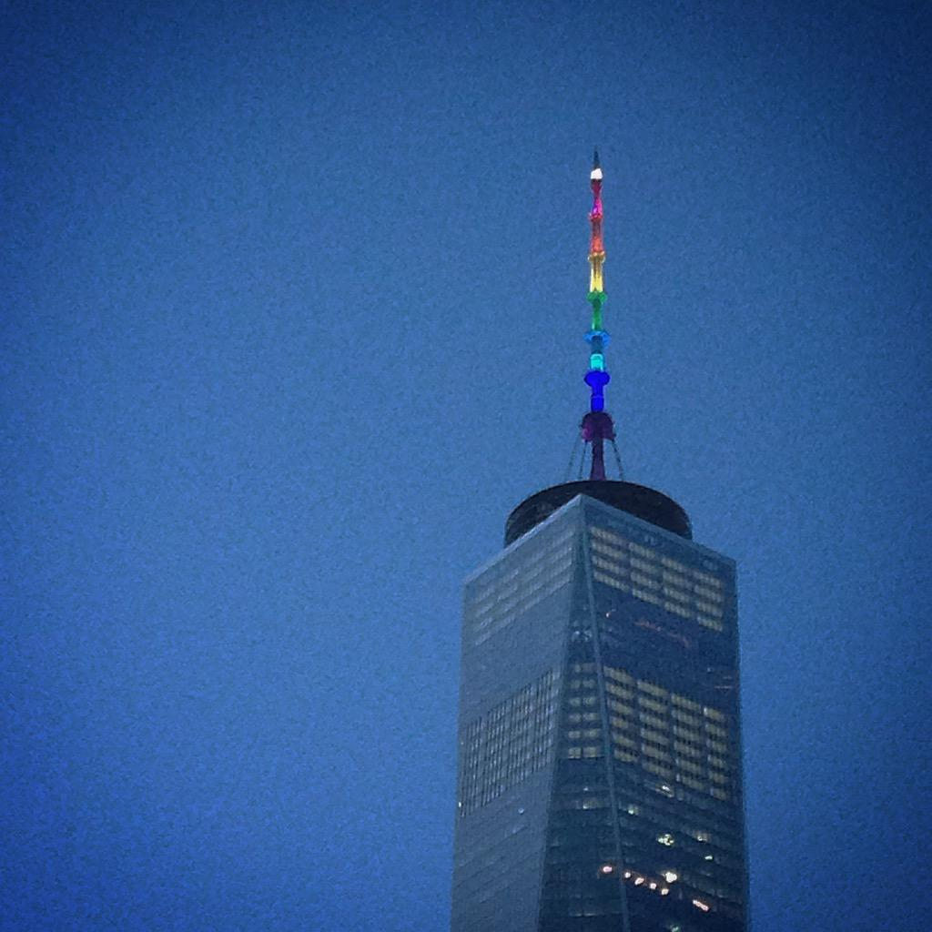 freedom tower lights up with #scotus decision. #lovewins http://t.co/vFIyAkFTzH