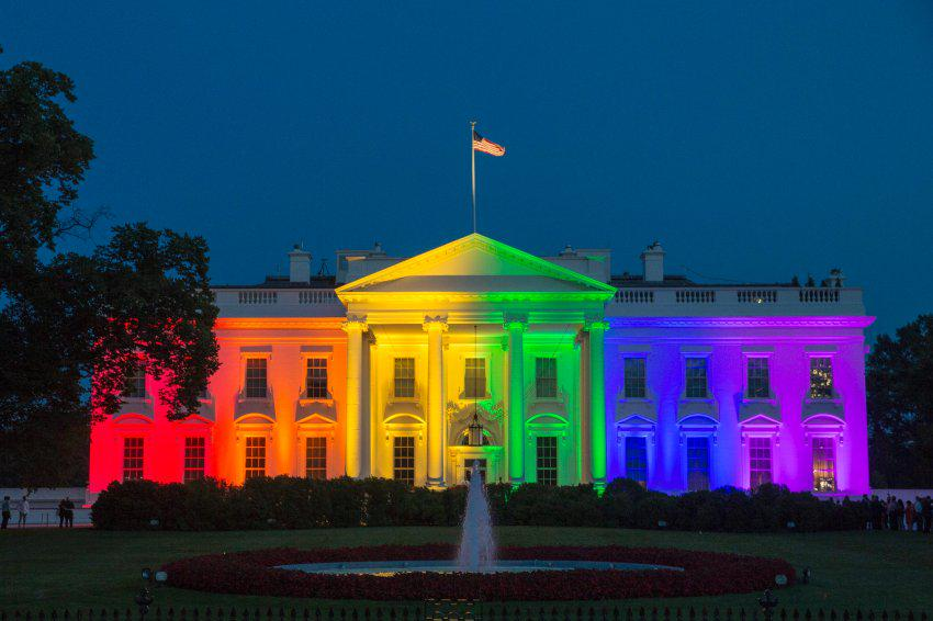 Very cool @BarackObama. #LoveWins http://t.co/upTGG4r6iJ