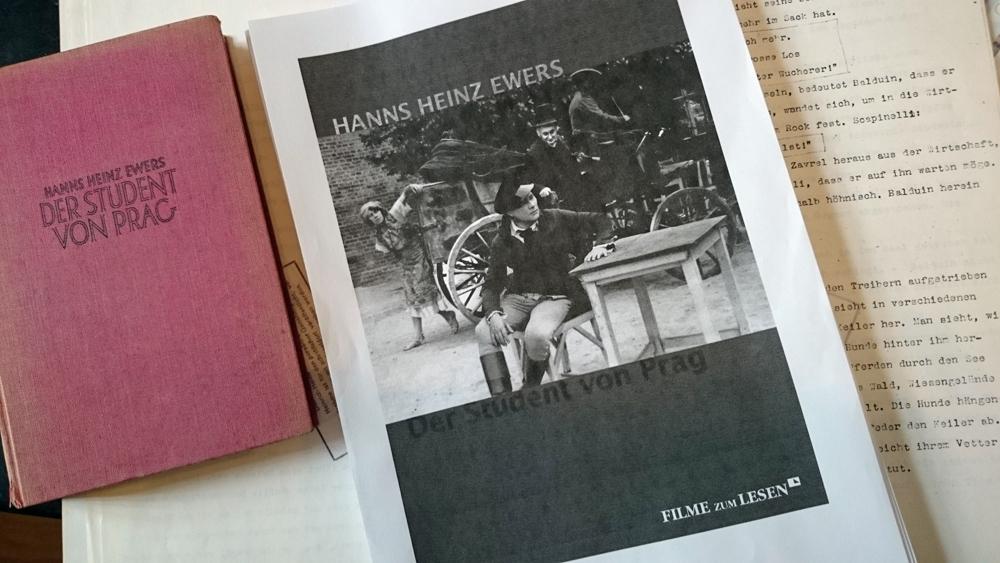 """#Ewers #Prag  #Buch """"Elende"""" Fleißarbeit ... diese Korrekturarbeiten! http://t.co/a3xF7teGqE"""