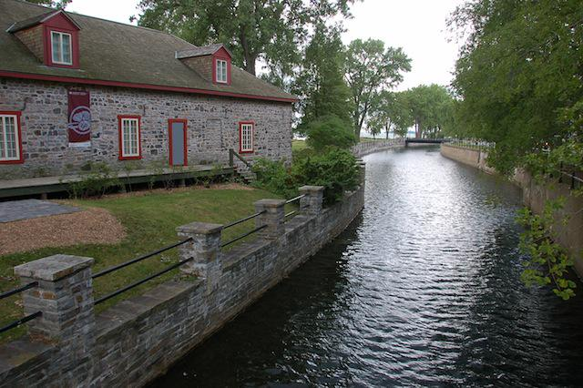 Cyclist? In #Montreal, try the superb Lachine Canal route. http://t.co/8TwetafuG6 via @ParksCanada #ttot http://t.co/EXODBH6SMW