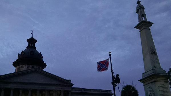BREAKING: The confederate flag no longer flies over South Carolina.  #KeepItDown #BlackLivesMatter http://t.co/HkQabxxPLq