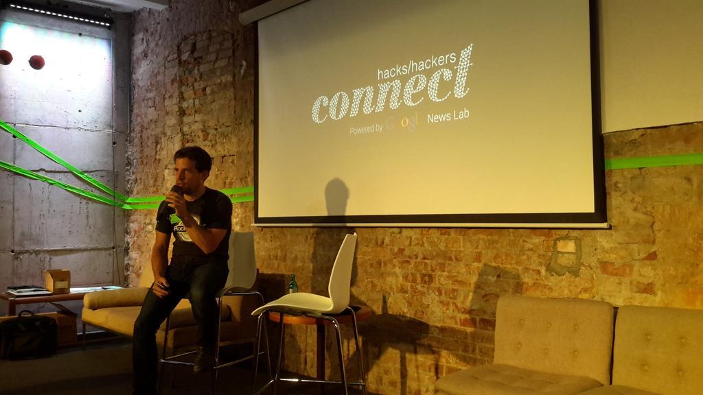 Hamburg's Next Media Accelerator CEO @herzbach sharing insights and inspiration @NMA_vc #hhcxn @hackshackers http://t.co/FMCiDZqnrI