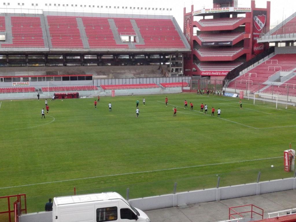 Fútbol ante Libertad de Paraguay