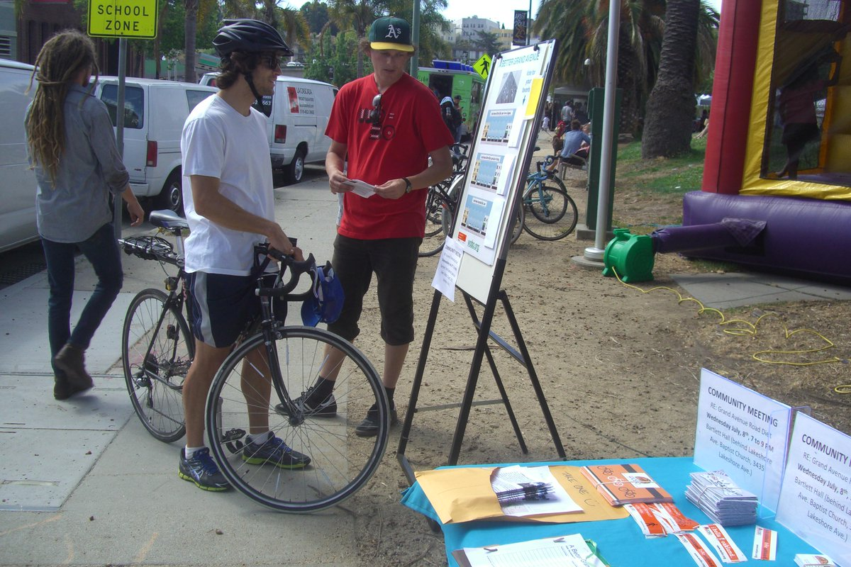 @Abel_Guillen curbside protected bike lanes gaining traction for #ABetterGrandAve http://t.co/avb2QceZid