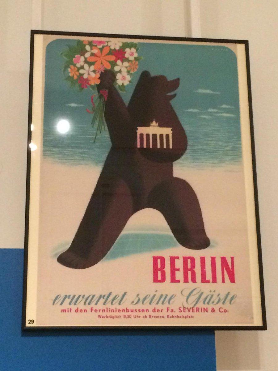 Wünsche eine schöne #Finissage @_westberlin_! War eine gute Ausstellung! #WestBerlin http://t.co/YSyqzENLiO