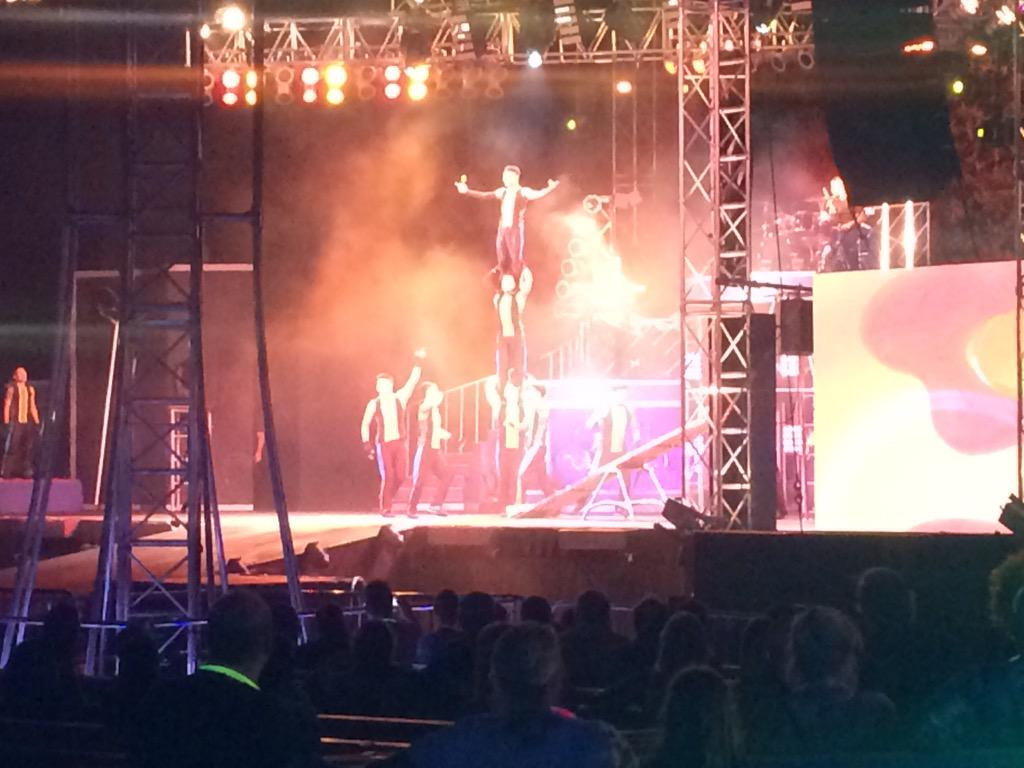 Come out to @BuschGardens to cool off this summer! Check out the Kinetix show #summer #parenting http://t.co/fo10Z4kAlc