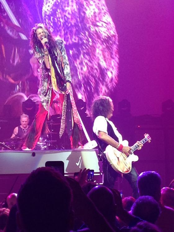 @Aerosmith tonight. Wow. http://t.co/pkJUGgeurq
