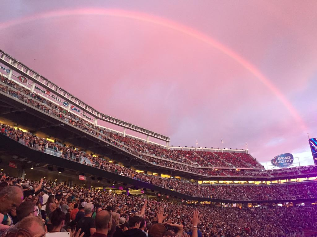 #rainbow #JerryGarcia #intermission http://t.co/c71Tv8rGW5