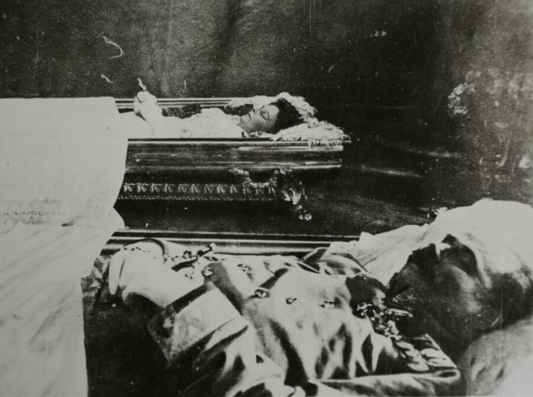 Tom Ljevar On Twitter Archduke Franz Ferdinand His Wife