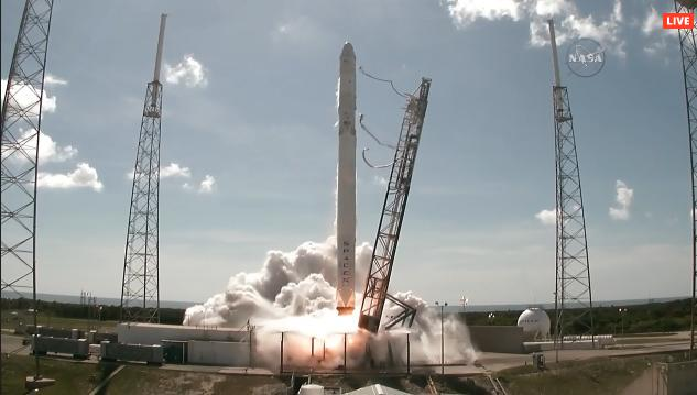 VIDEO FOTO NASA Falcon9 SpaceX Decollo Stazione Spaziale Internazionale
