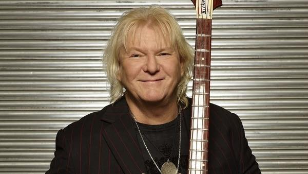 R.I.P Chris Squire. One of the most inspired bass players of all time - KW http://t.co/bpb5g0Dme3