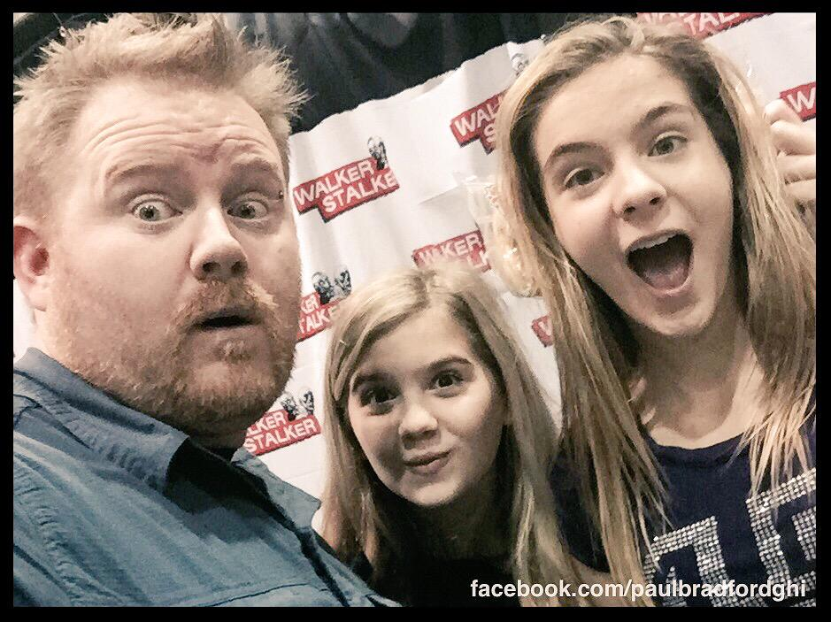 """You know what would be fun!?"" she said ""Let's count the flowers""   @BriSharbino @kenedy_kyla http://t.co/lWaTySEFAc"