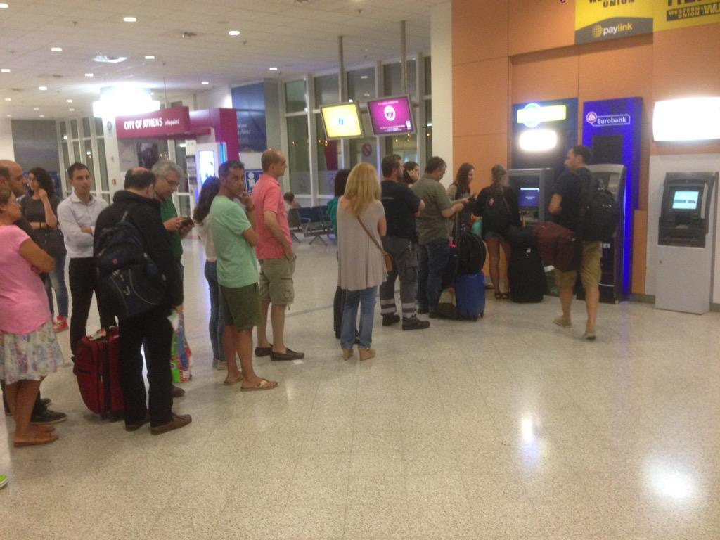 Resending this as there is at least one other ATM with cash at athens airport out of shot. I've joined the line. http://t.co/EuoIcj9afb