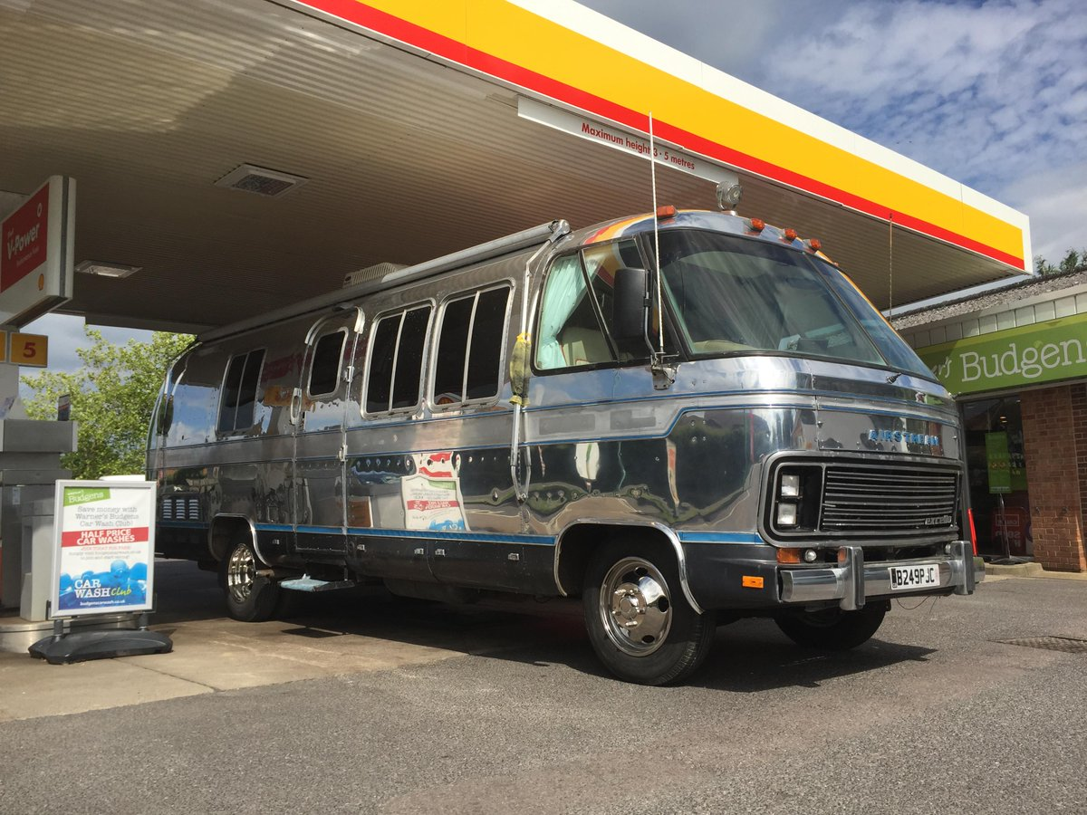 Vintage Airstreams On Twitter Http T Co Pssuzn7fiu Hudson Our Airstream Motorhome Available For Hire Gets