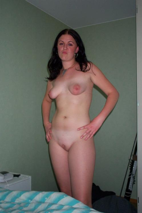 Nude amateur cougar milf think