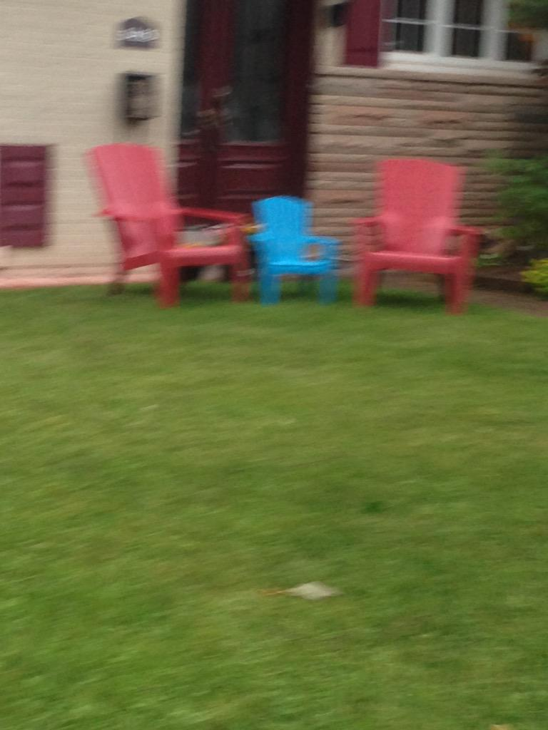 Out for a dog walk in the rain. My best attempt at getting #three lawn chairs that also show #sameness #mathphoto15 http://t.co/FDTodqzbuf