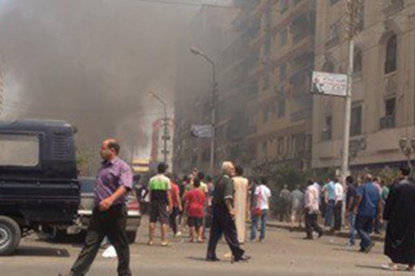 عاجل | تفجير يستهدف موكب النائب العام المصري في وسط القاهرة CIp_1jGXAAE2zRZ