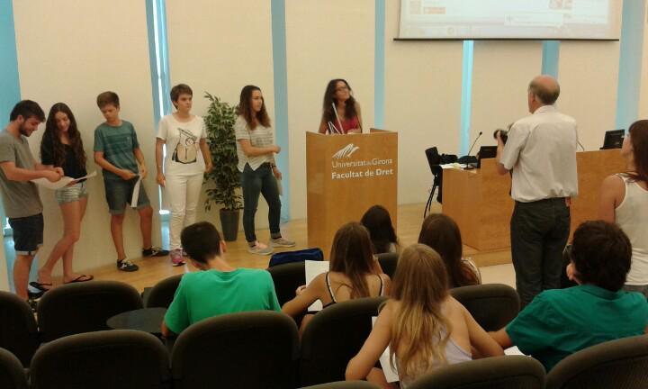 Interessant activitat per començar el campus amb @miquelduran Ens tuit-presentem #prebat15 http://t.co/zeK05LV4CL