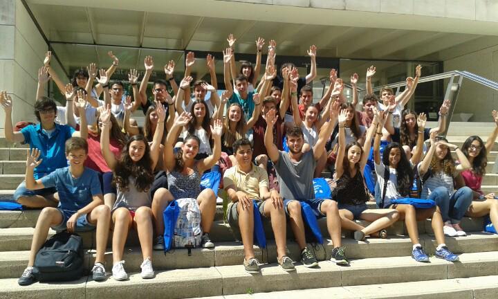 Per una setmana... universitaris! Ja hem començat el campus #prebat15 Una setmana apassionant a la @univgirona :) http://t.co/cNJ5c4ncMk