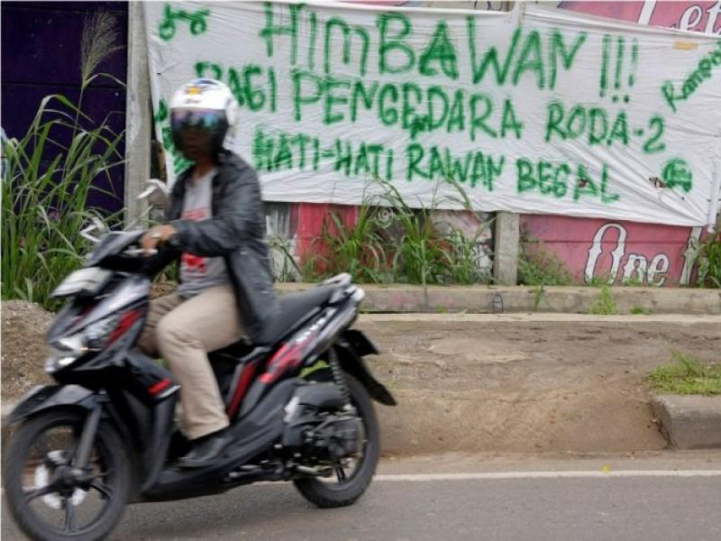 LUCU Supaya Aman Dari Begal Motor - AnekaNews.net