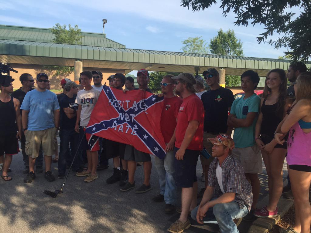 KKK plans Confederate flag rally as tempers flare in South Carolina