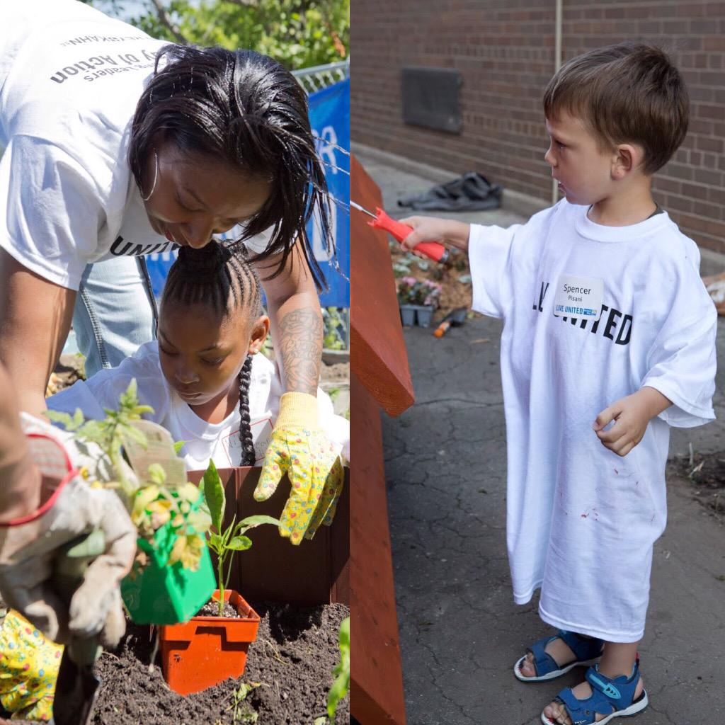 When we volunteer w/ kids, we inspire them to be empathetic citizens of the world http://t.co/9Gxt7lCw57 #dayofaction http://t.co/FNnUFbyr9j