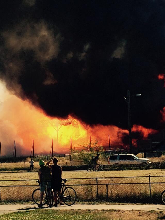 Civic stadium burning to the ground!  http://t.co/yVldsmLXY7