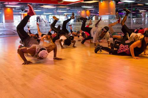 Things got hot & sweaty at @magicmikemovie class last night. Thanks @official_tWitch for showing us how to get down! http://t.co/yic7KxnWhd