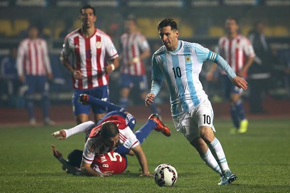 LA FOTO DEL DIA #Messi #Chile2015  http://t.co/db3cJmTCw8