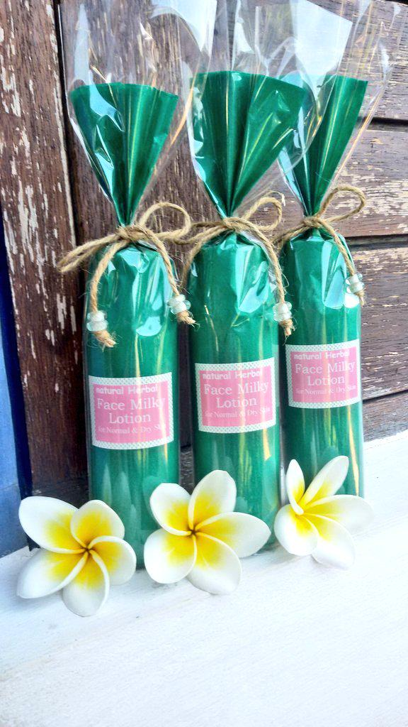 Coming soon on store, our new 【Herbal Milky Lotion】(o^^o)♡ please wait it #Bali  #ubudpic.twitter.com/ZvtlTUi15a