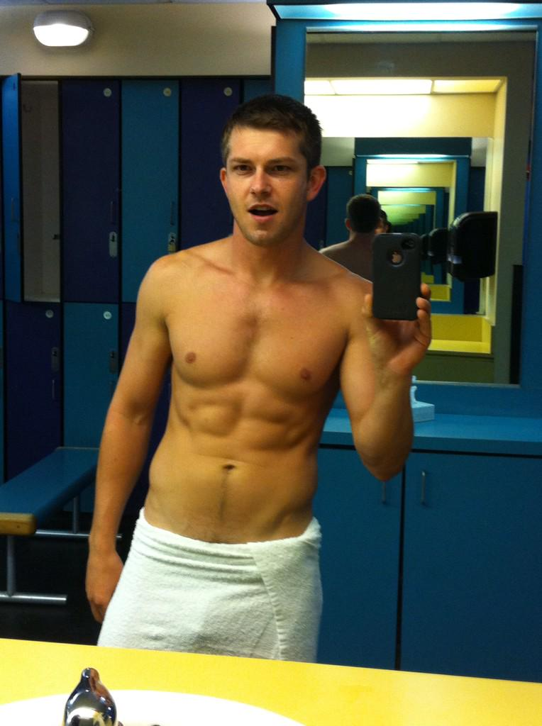 """Mickey Knox on Twitter: """"Recent gym pic http://t.co ..."""