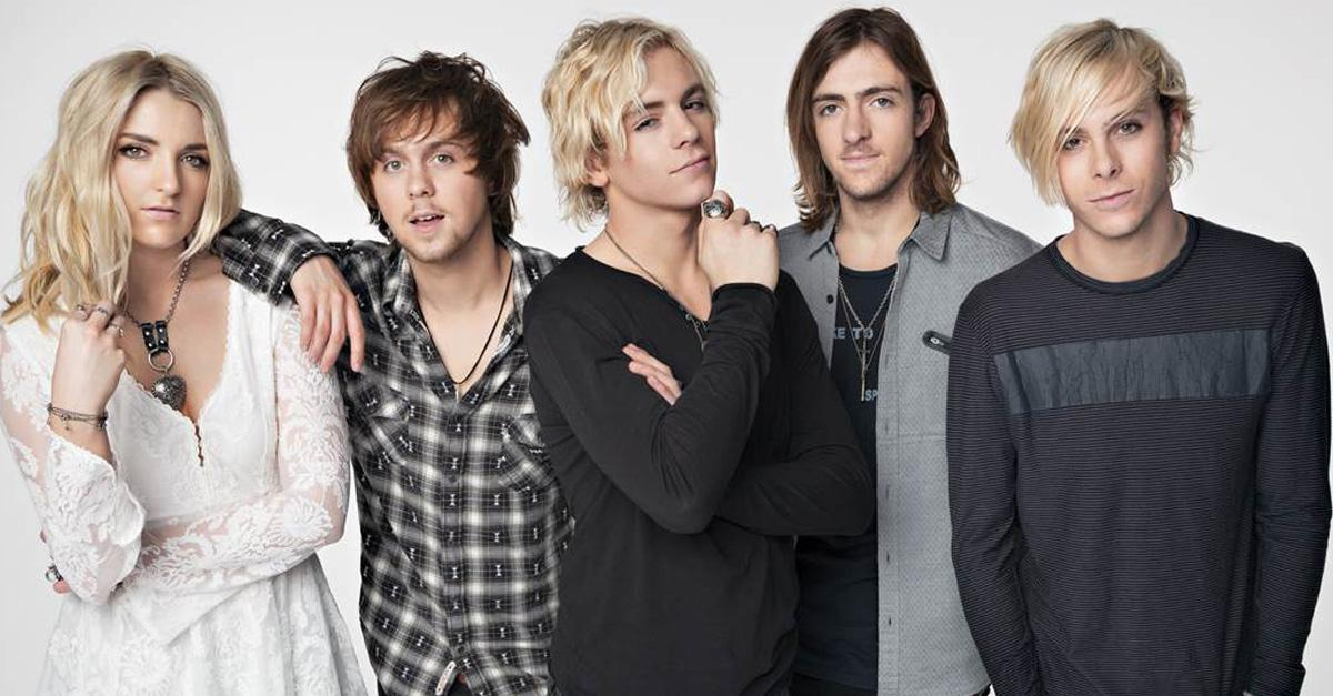 TONIGHT -- @officialR5 with @JacobWhitesides! 6pm Doors, 7pm Show, All Ages. Tickets: http://t.co/QNeDjl4bNK http://t.co/OdgGoxcBuf