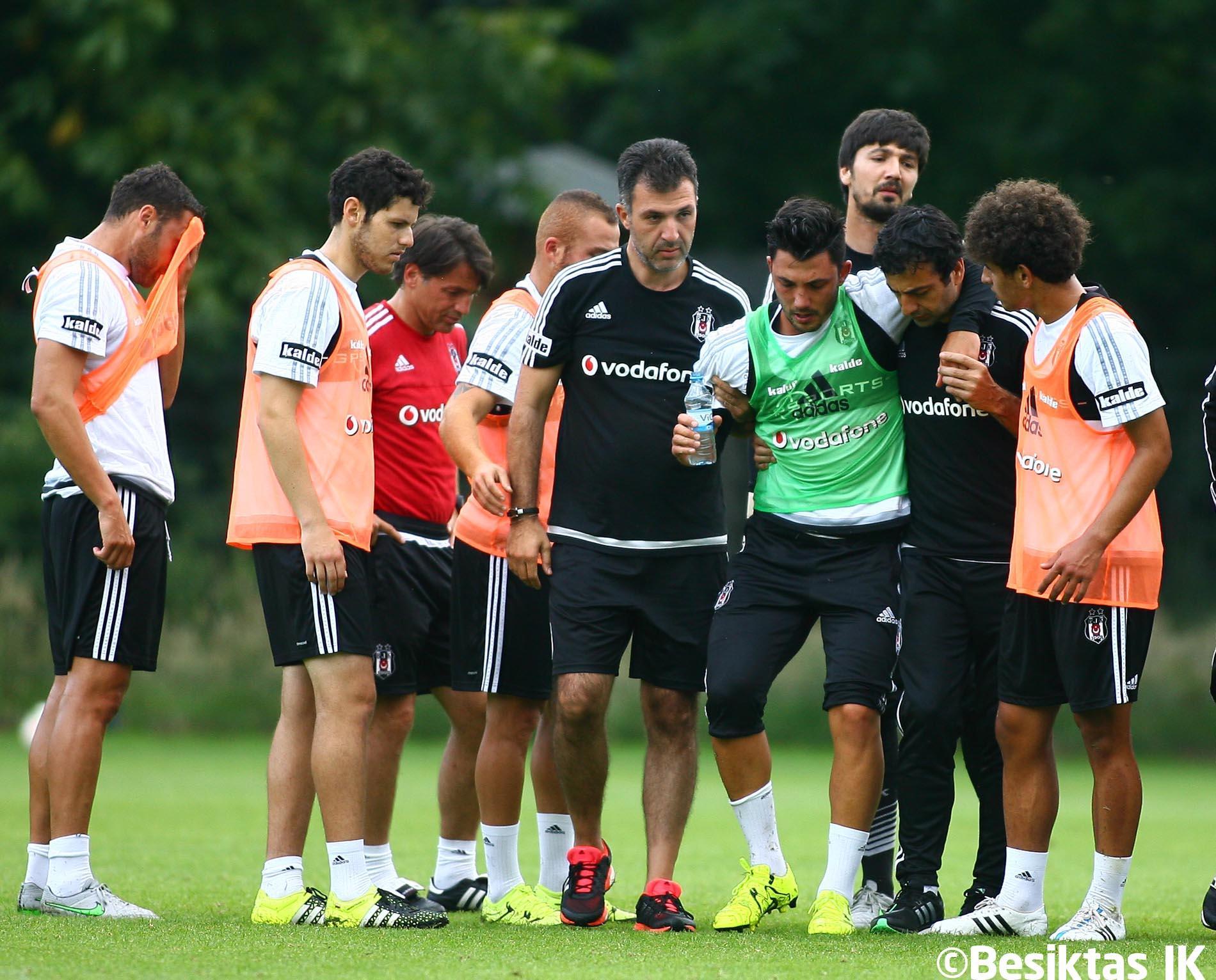 Tolgay Arslan'ın sağlık durumu. http://t.co/F7bkOh3EmD #Beşiktaş http://t.co/mweIo1Is4E