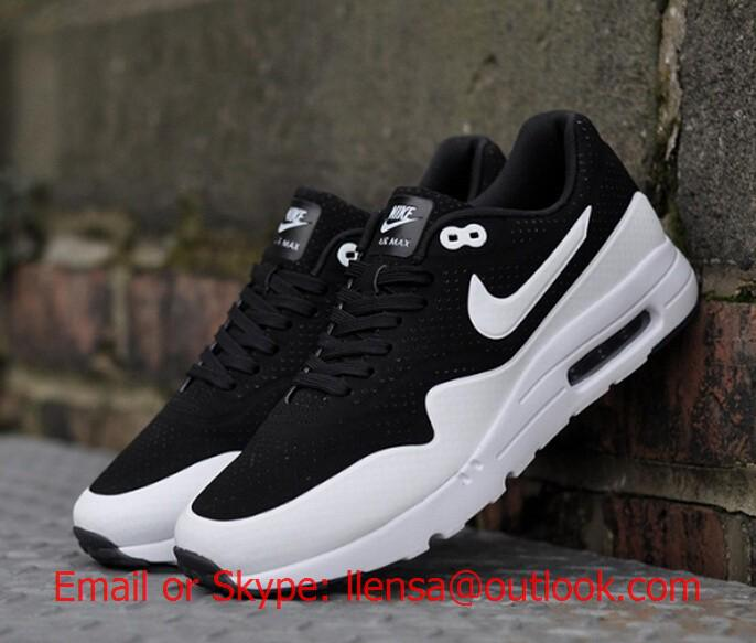 big sale ce8a7 29326 Nike Air Max 1 Ultra Moire oreo Black White Running Shoe 705297-001 Price    83.99 A new twist on the coveted Air Max 1, the Nike Air Max 1 Ultra Moire  adds ...