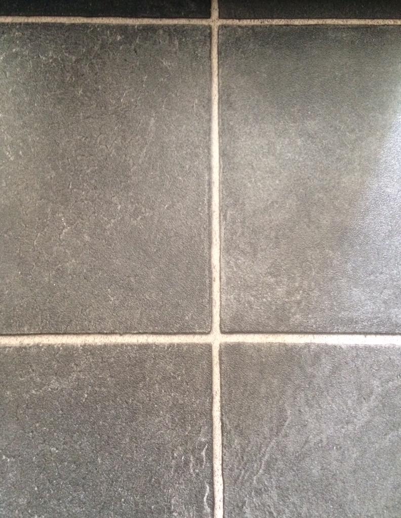 Mcl Flooring On Twitter Stonetile Effect Vinyl Flooring 599sqm