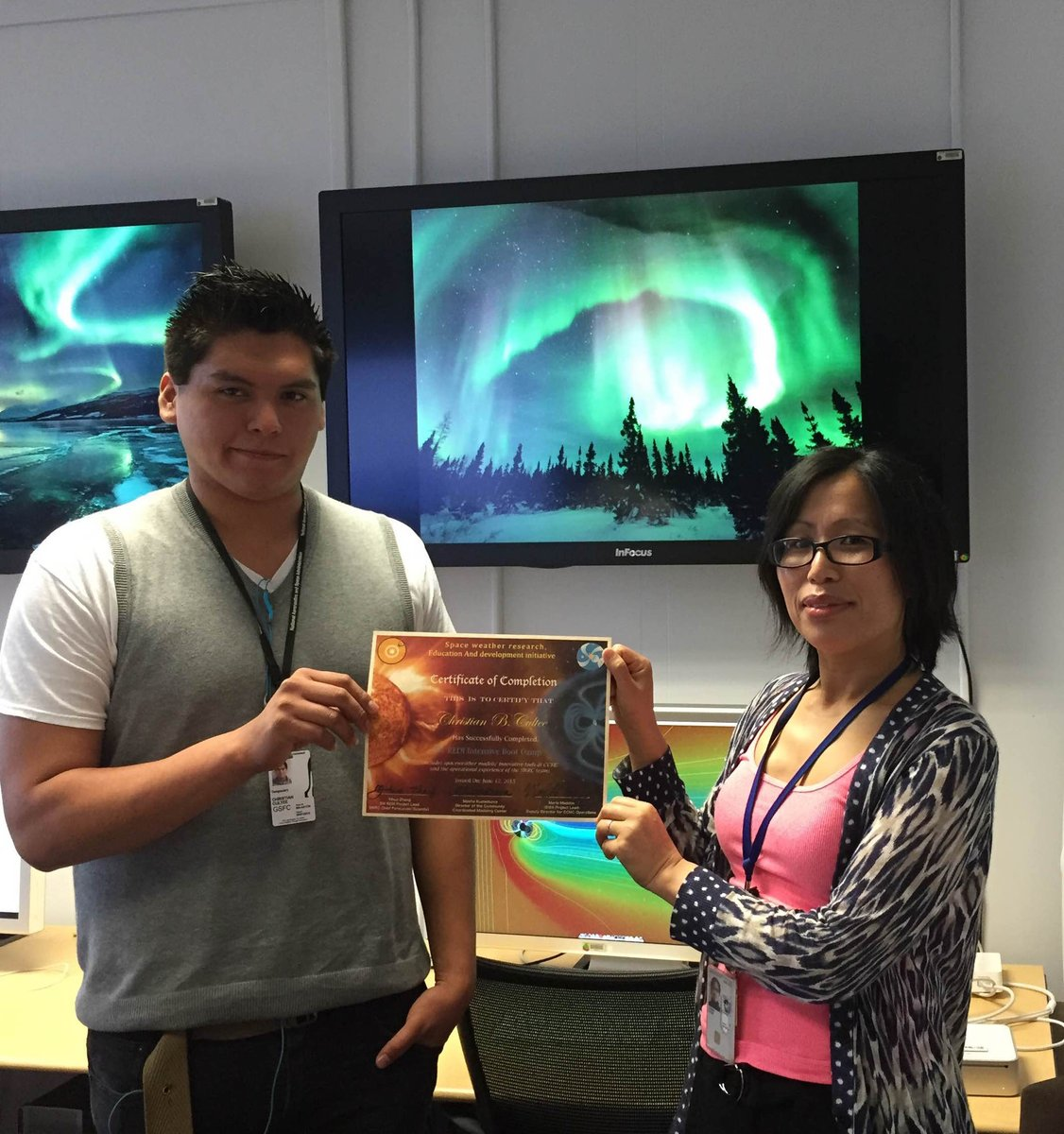 This summer, I learned the basics of #spaceweather at a boot camp at @NASAGoddard #RaceOnTech http://t.co/fZnPEXmxKD http://t.co/wd32XCd0us
