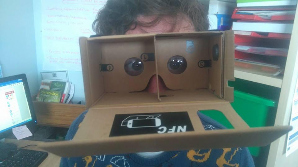 Today we experimented with Google Cardboard #TTSDigital #Digiconn http://t.co/flrbPlDqtB
