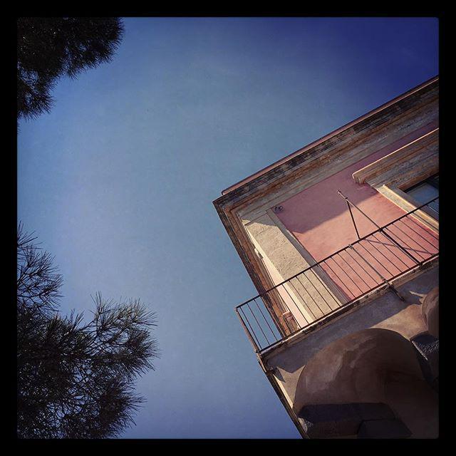 Sky gazing #siciliansummer http://t.co/knqBAAkOJs
