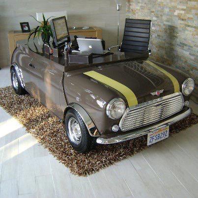Un escritorio así y ya podemos pasar todo el día en la oficina �� #AGoodRide http://t.co/ZRsHEDaEQZ